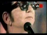 Roy Orbison – You Got It lyrics Every time I look into your loving eyes I see a love that money just can't buy One look from you I drift […]