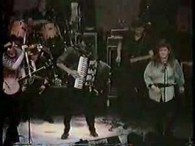 The Pogues featuring Kirsty MacColl – Fairytale Of New York lyrics It was Christmas Eve babe In the drunk tank An old man said to me, won't see another one […]